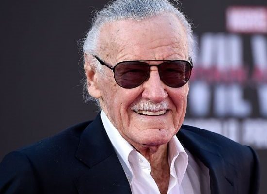 300415-stan-lee-presidente-da-marvel-morre-ao-diapo-1