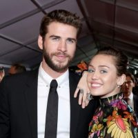 300511-miley-cyrus-e-liam-hemsworth-cancelam-ca-diapo-1